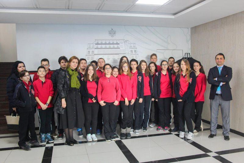Vizitë në Ministrinë e Mirëqenies Sociale dhe Rinisë