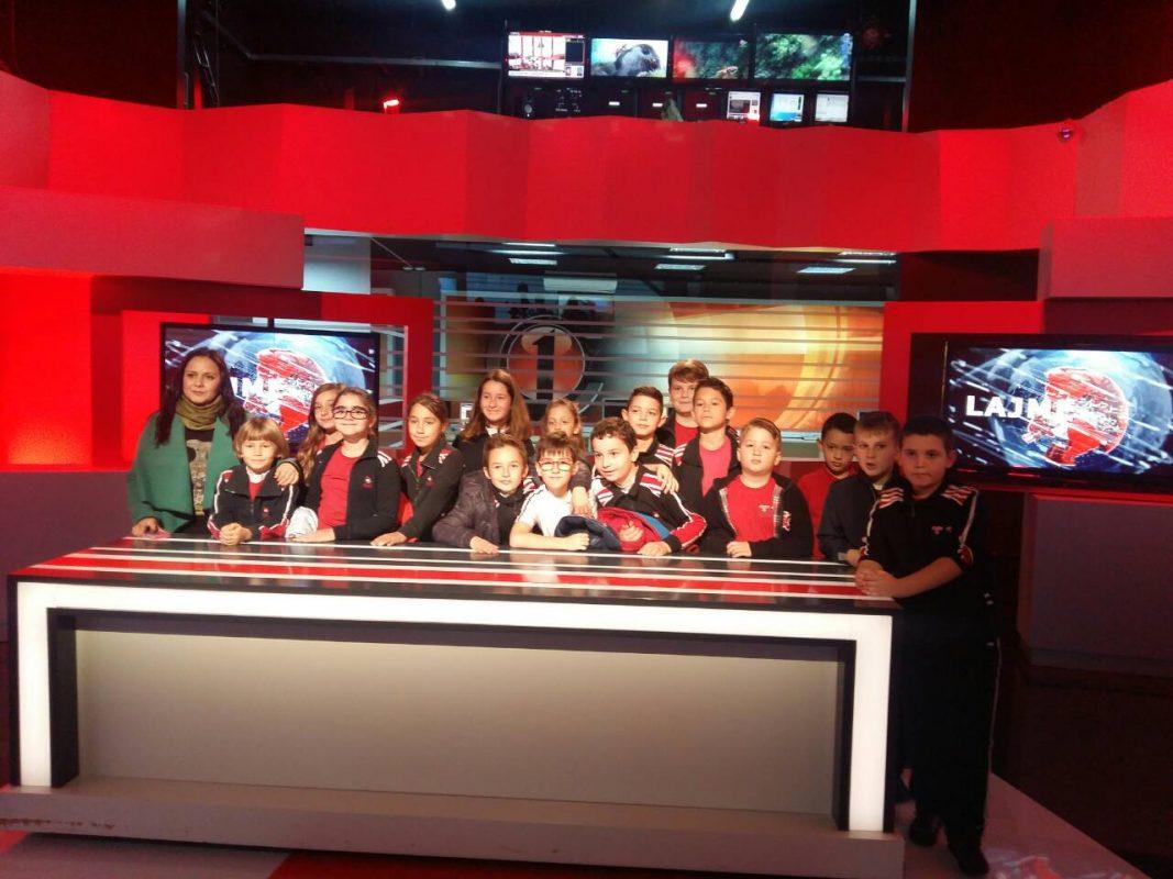 Vizitë në studiot e televizionit Channel One