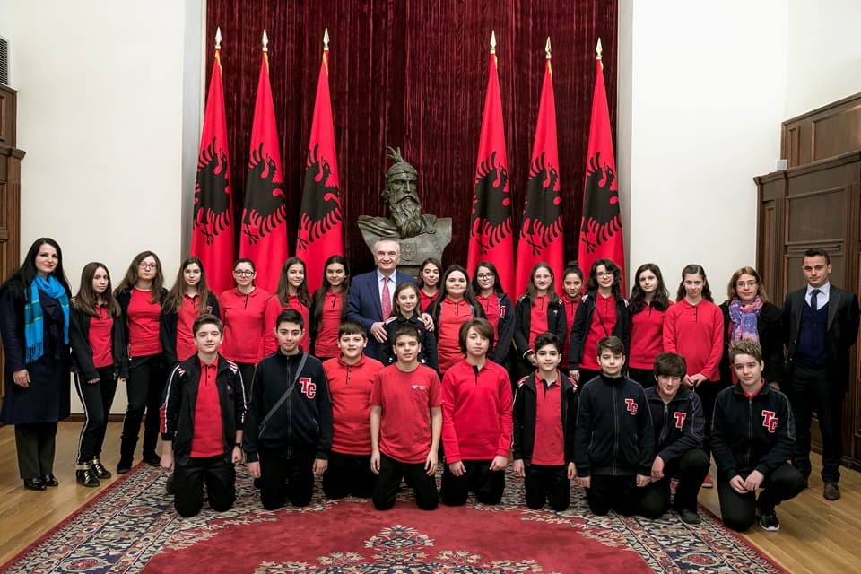 Nxënësit e klasës së 7G vizitë në Presidencë dhe në Pallatin Presidencial (Pallati i Brigadave)