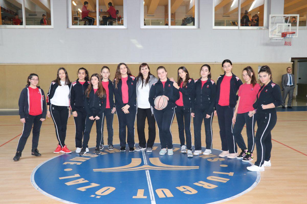 Ndeshjet finale të Kampionatit të Basketbollit për nxënësit e klasave të 8-ta