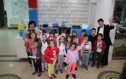 Fëmijët e parashkollorit vizitojnë Universitetin Metropolitan