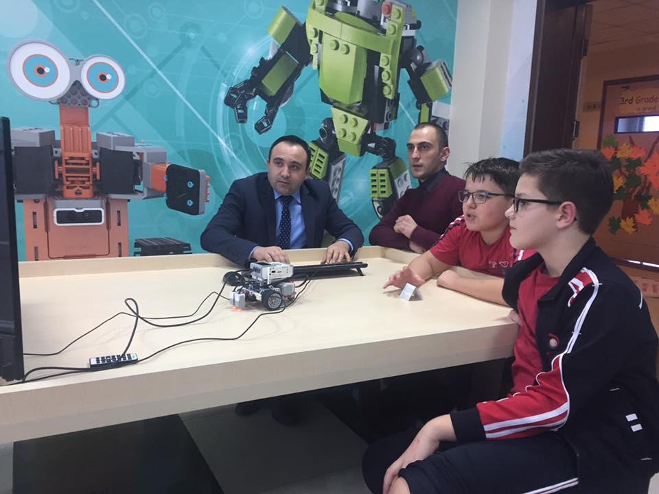 """Kolegji """"Turgut Özal"""" konkurron në Rumani në Olimpiadën Shkencore Infomatrix"""