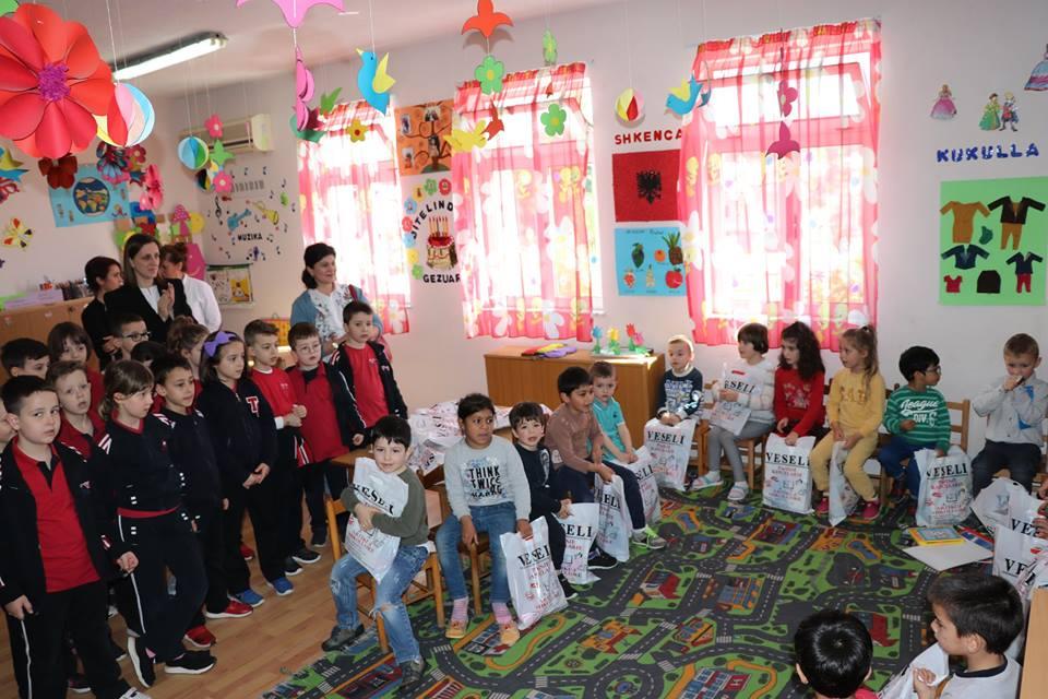 Fëmijët e klasave të para vizitojnë Kopshtin Sauk