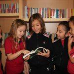 Për herë të parë në bibliotekën e shkollës…