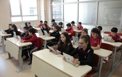 Platforma IXL  vjen për herë të parë në shkollën tonë