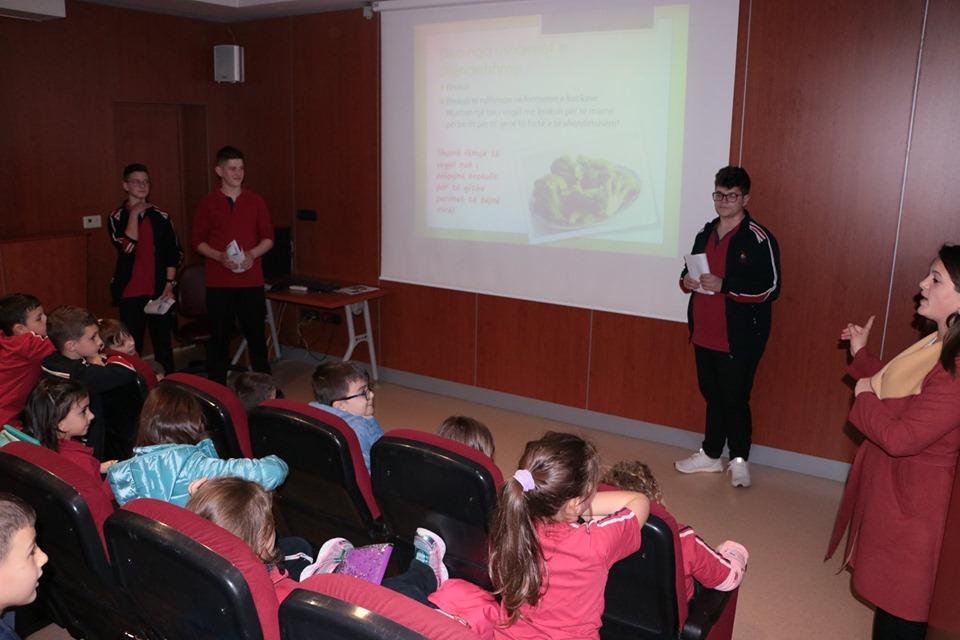 Klubi Awareness seminare mbi tematikat e qytetarisë