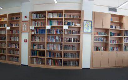 """Në bibliotekën e kolegjit """"Turgut Özal"""""""