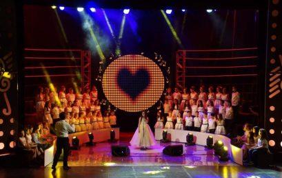 """Nikol Azizaj përfaqëson kolegjin """"Turgut Özal"""" në Festivalin Mbarëkombëtar të Këngës për Fëmijë"""