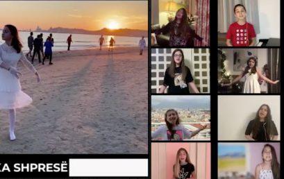 """Kënga """"Ende ka shpresë"""" nga nxënësit e kolegjit """"Turgut Ozal"""""""